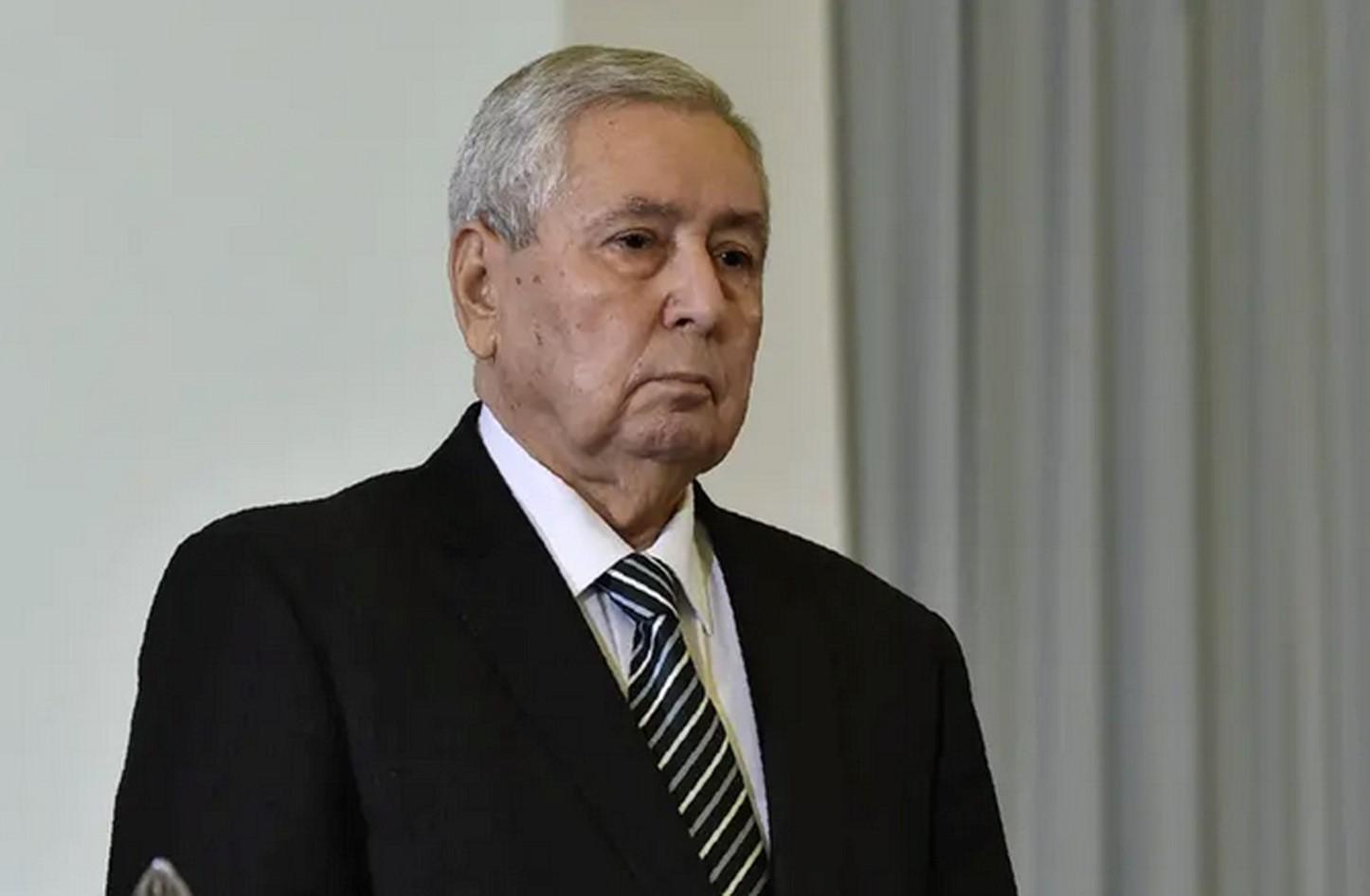 بن صالح رئيس الدولة الجزائرية